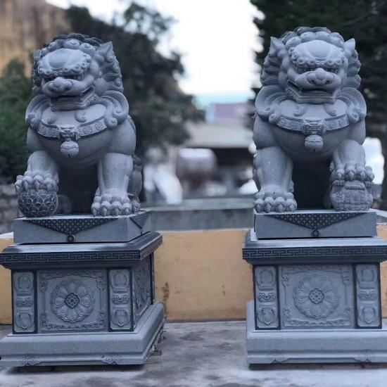 Granite Lion for Garden Decoration